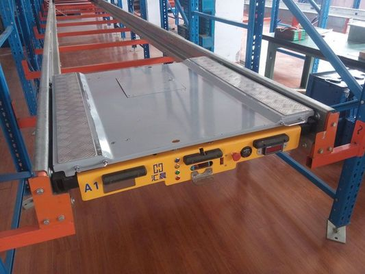 China Industrial Radio Shuttle Racking System For Freezing Sea Food Warehouse Storage supplier